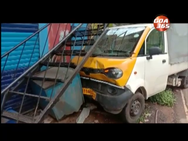 2 injured after pickup rams into 4 shops at Balli