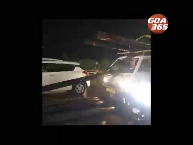 Accident at Margao: Huge pipes damages vehicle, Traffic jammed