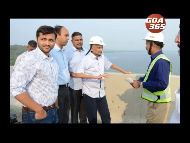 CM inspects Mandovi, Zuari bridges, holds discussions with GSIDC, L&T engineers