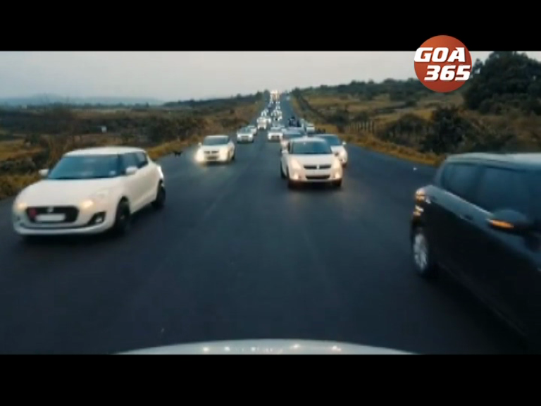 Hundreds of youth gather at Verna road for Drag Races, Watch the videos!