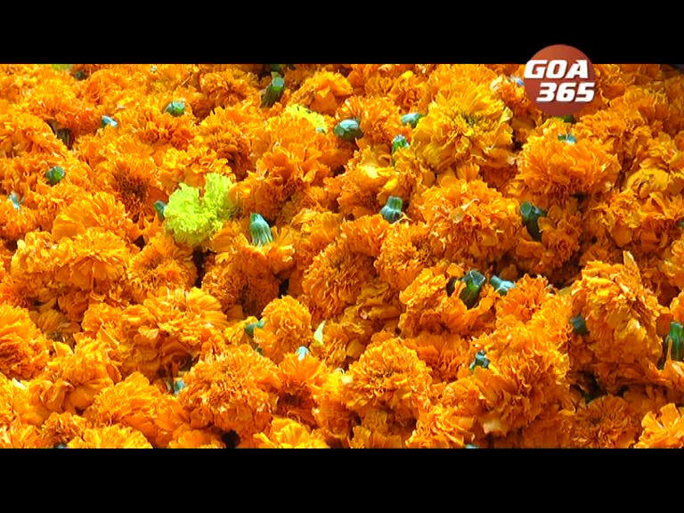 Goa decorated with flowers on Dasro