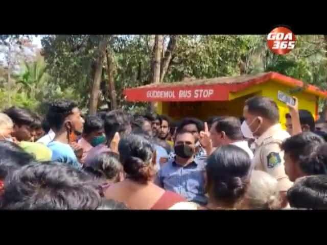 After hit & run Gudemool locals block roads, demand traffic police