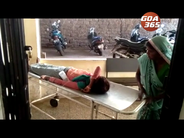 Workers dragged away by a train at Sarzora