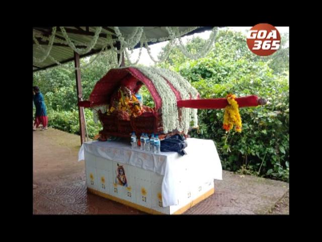 Corona didn't let people enthusaim spoil celebrations of Krishna Jalmashtami