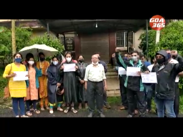 Madgaum Urban Co. Bank employees demand salaries due for 2 months