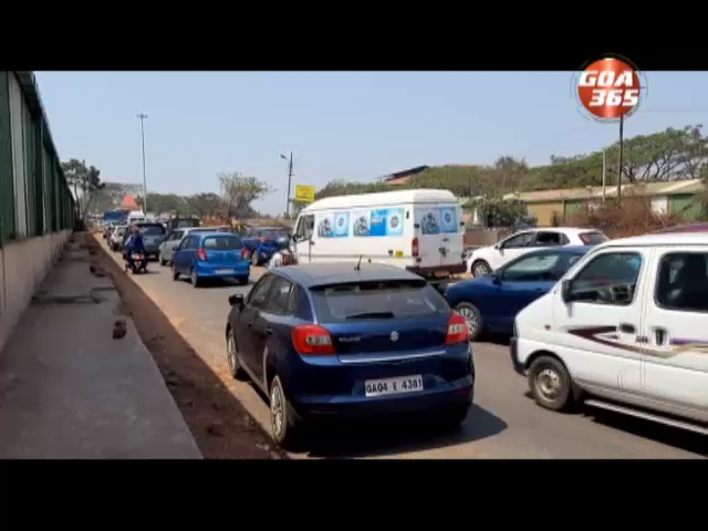 Road works in front of GMC hospital  causes traffic snarls