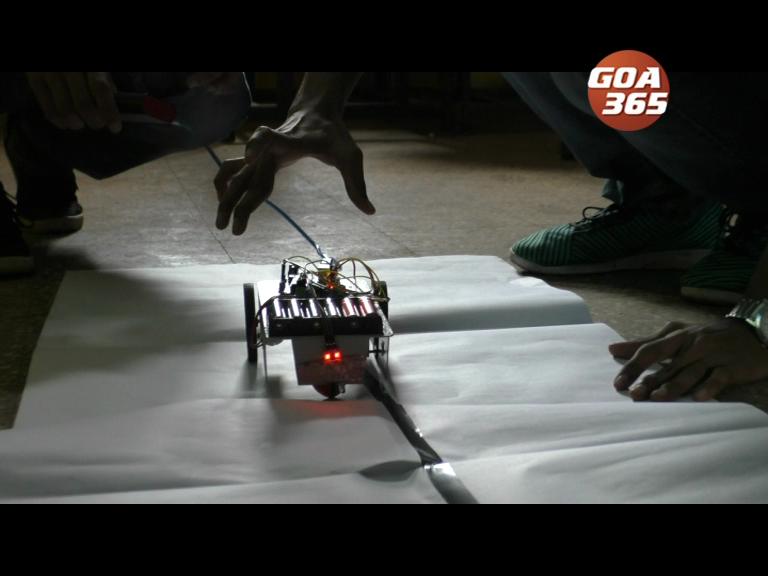 Don Bosco engineering studens holds Robotics program at Bicholim