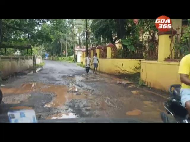 Saligao roads totally gone, locals suffer