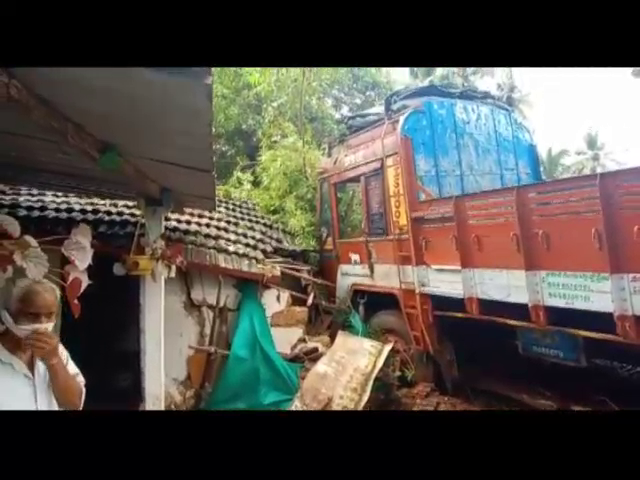 Truck overspeeds, bangs into a house in Guirim
