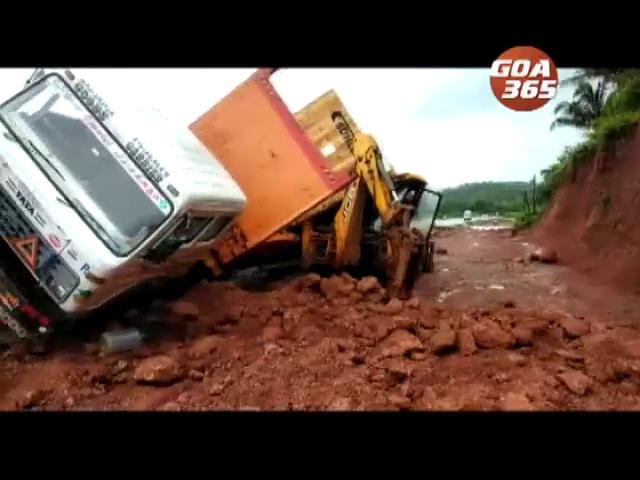 Trailer truck overturns at Pernem