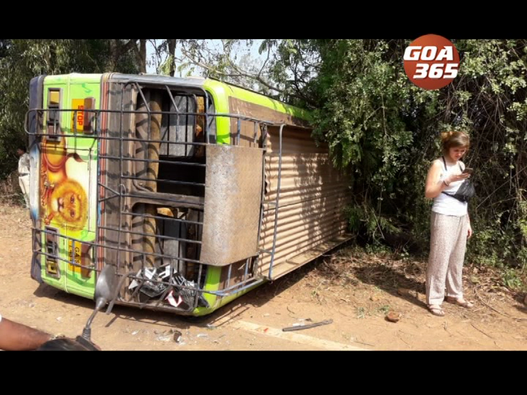 15 injured in after Margao-Palolem bus meets with an accident
