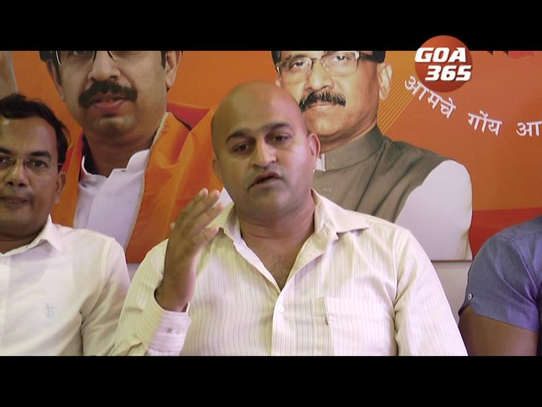 Shiv Sena threatens to teach a lesson to 'bhaile' vendors