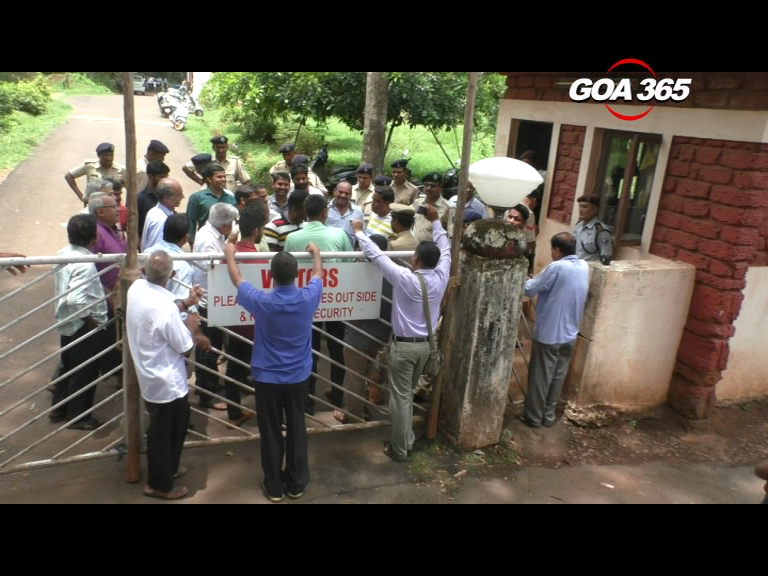 Goa Dairy hunger strike to continue; farmers reject offer