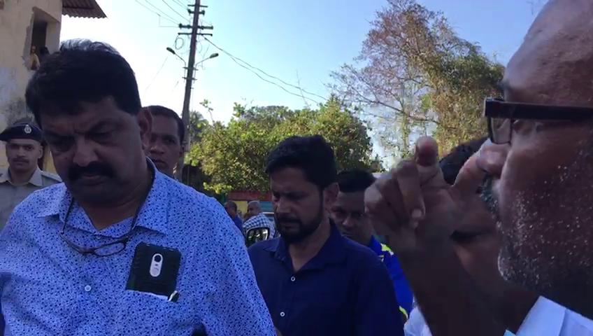 Workers upset over salaries, gherao Speaker, Mayem MLA