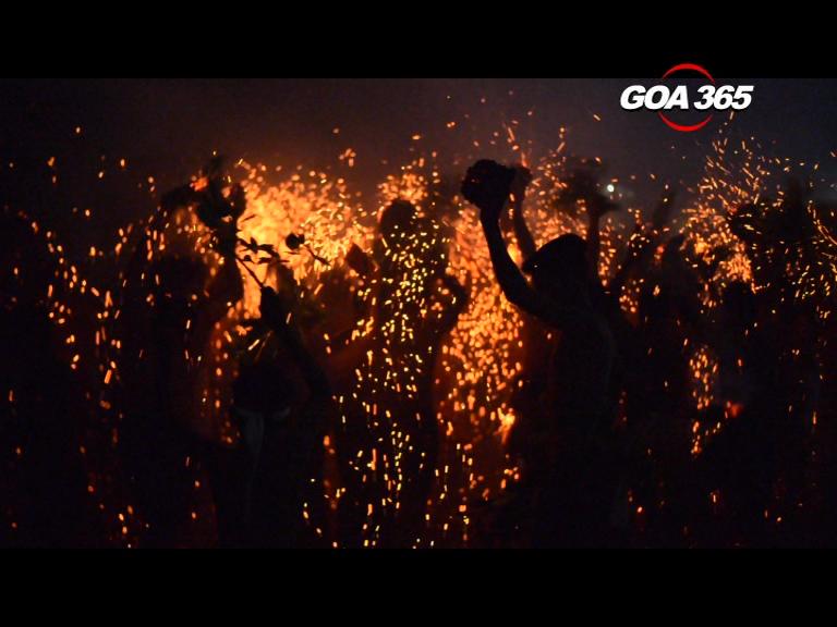 'Xeni Uzo', holi with fire! Take a look