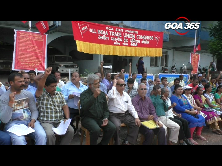 AITUC holds dharna in Margao in support of their 12 demands