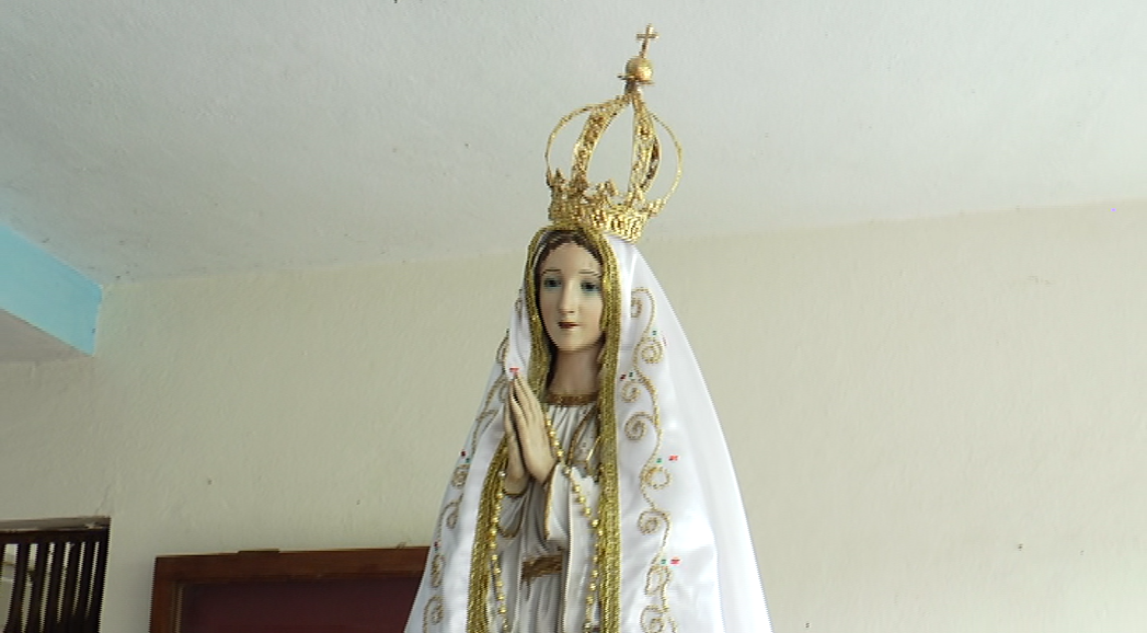 Bishop leads Fatima procession in Panaji