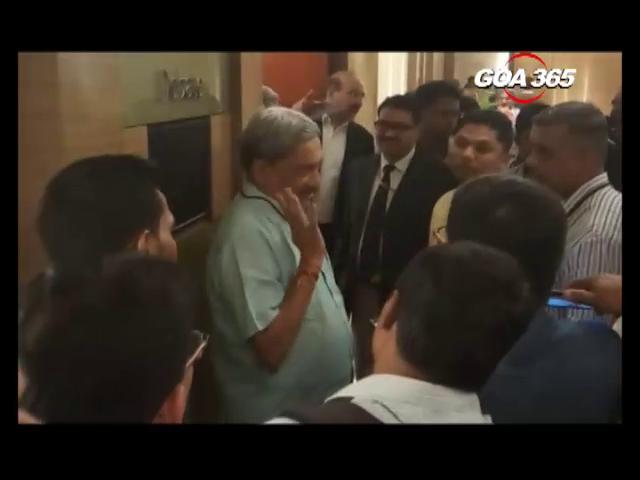 CM dismisses taxi strike, warns of action against violence