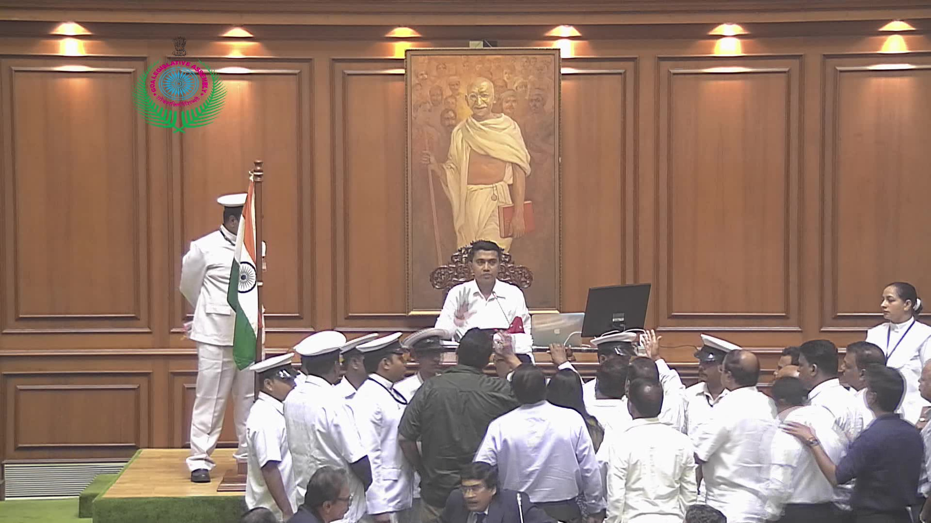 Cong creates ruckus, stalls House proceedings on officer-circular issue
