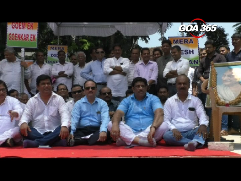 Congress on hunger strike to promote communal harmony, peace