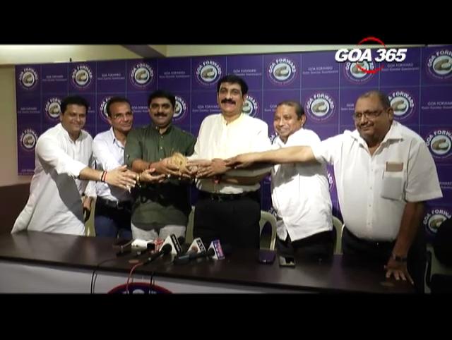 Former Congman Akbar Mulla joins GF, Vijai claims Akbar innocent in GCA scam