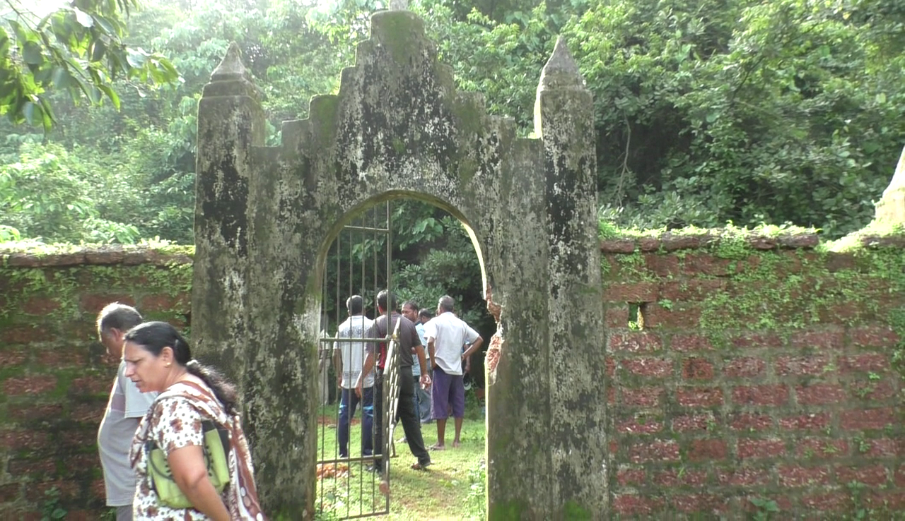 Francis in; still cemetery in Madkai found desecrated