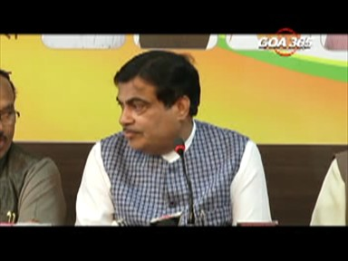 Gadkari hints at Parrikar coming back as CM