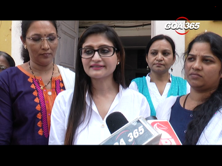 Goa Mahila Congress memo to North Goa Addl Collector for 33 per cent reservation