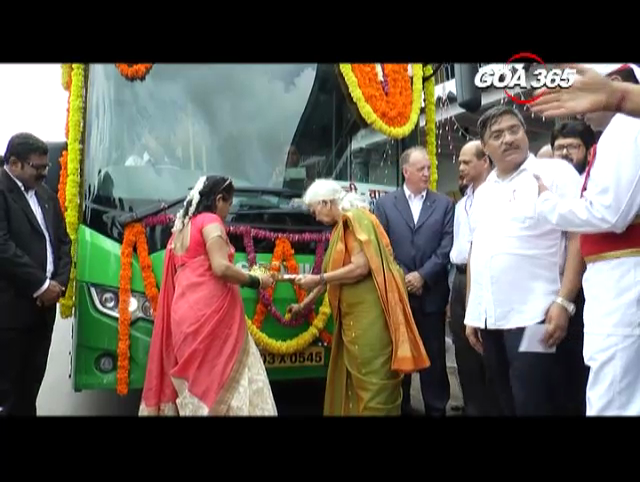 Governor launches 3 Kadamba buses run on clean fuel