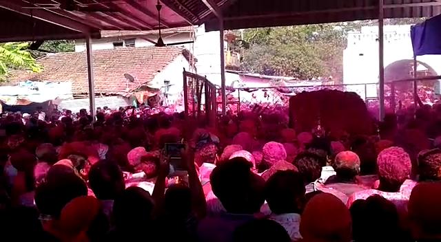 Gulal celebrated at Zambaulim