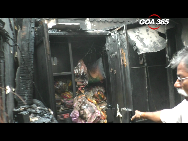 House under fire, property worth 12 lacs in flames