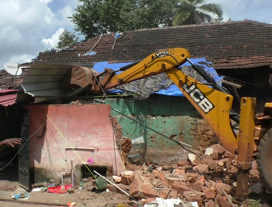 Illegal house in Navelim demolished