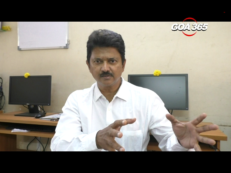 Introduce Common Cadre for all Municipal employees: Elvis