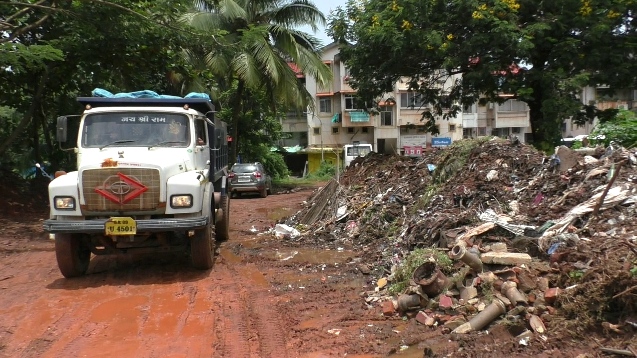 Madgao locals want civic body to stop dumping garbage at Maddel