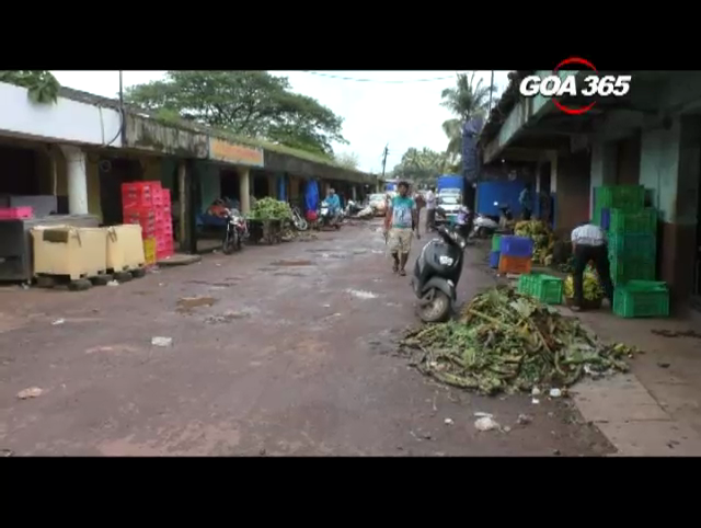 Mapusa fruit yard in pathetic condition
