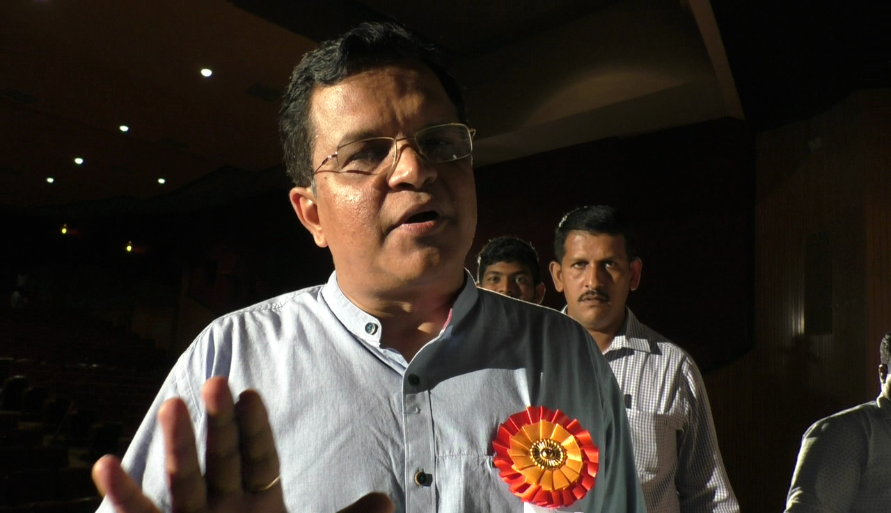 MP Narendra Sawaikar says people should not be afraid of GST in Goa