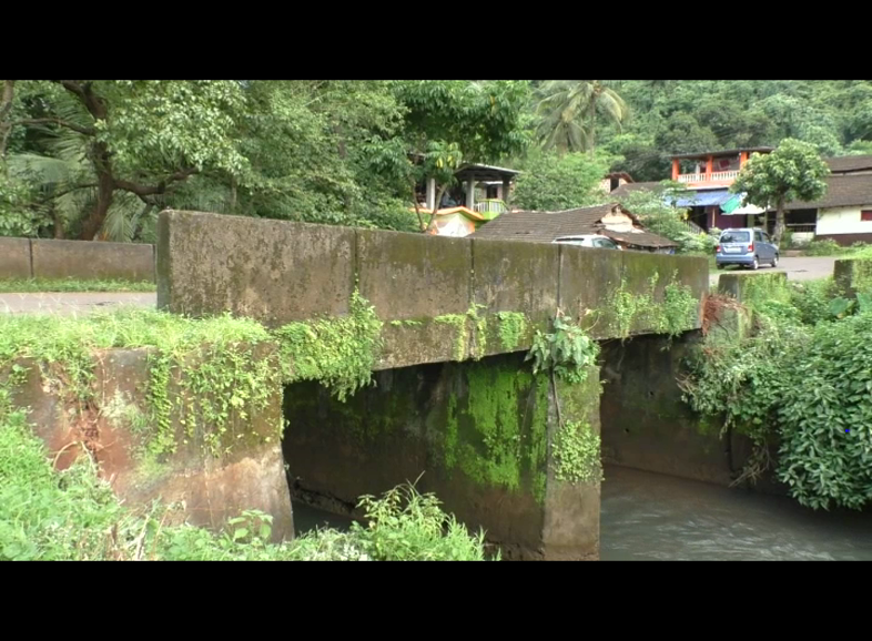 Mulgao needs a new bridge; old in bad shape