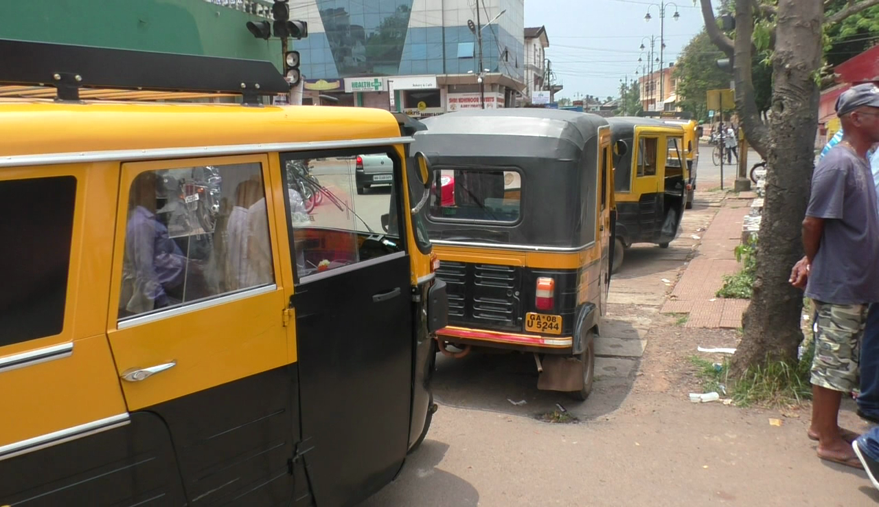Naveli rickshaw driver's demands stand at Navelim