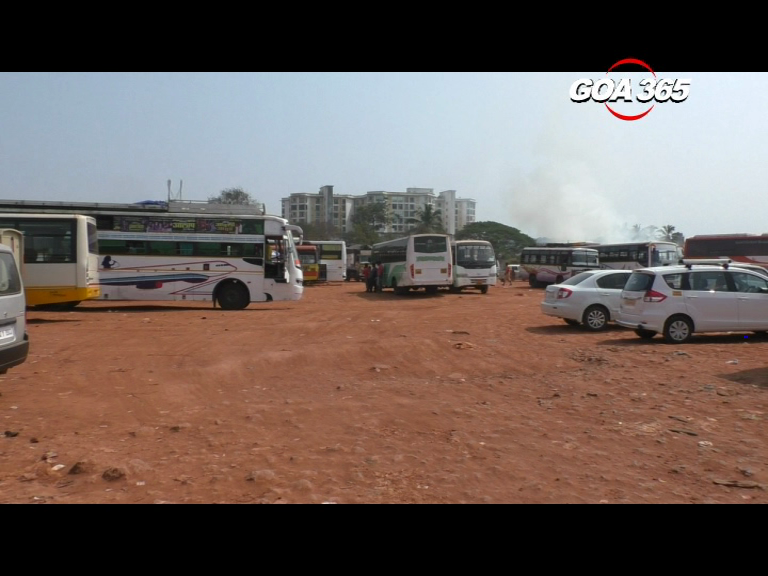 New bus stand site in Mapusa has become a waste dumping spot