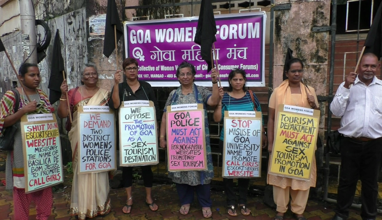 Women march in Madgao against porno websites