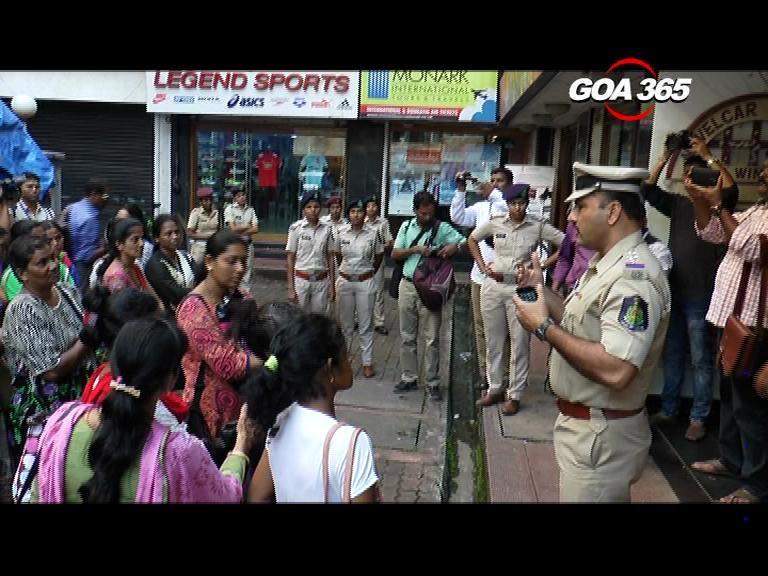 Para teachers hold dharna over regularization