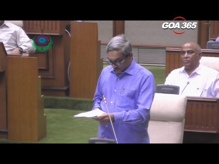 Parrikar budget focuses on jobs, IT & Edu; no taxes right now