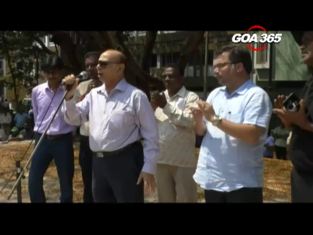 Pro-mining meet: Truckers garner massive political support
