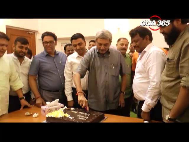 CM Manohar Parrikar celebrates his 62nd birthday