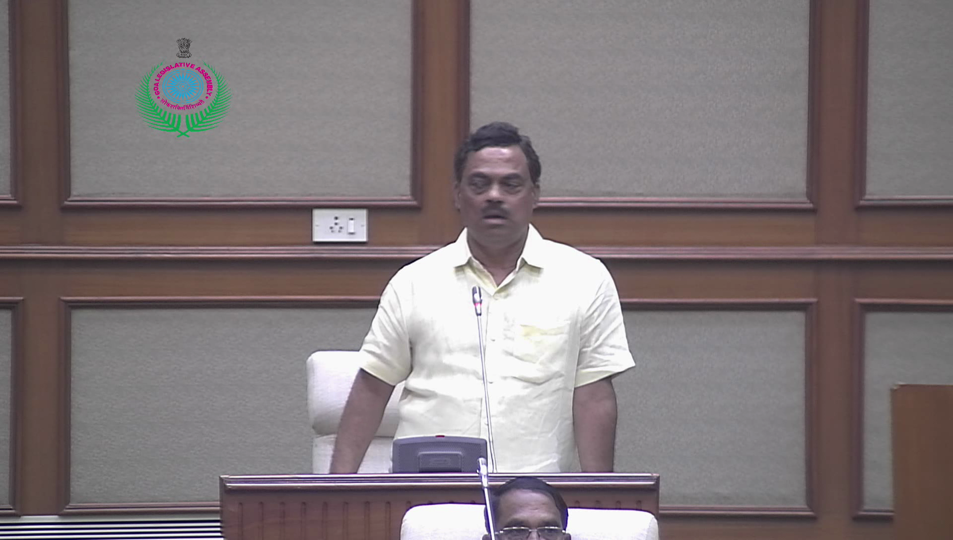 10 illegal bungalows in Colvale Comunidade land, Rohan assures action