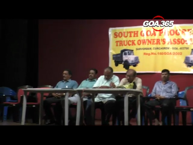 Truck owners association members resign en masse after members accuse them of compromise