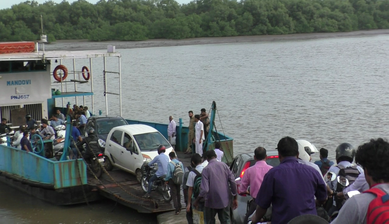 Two ferries not enough, say Madkai locals; demand one more