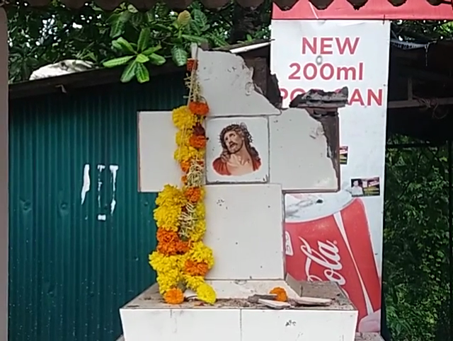 Two more crosses desecrated in South Goa