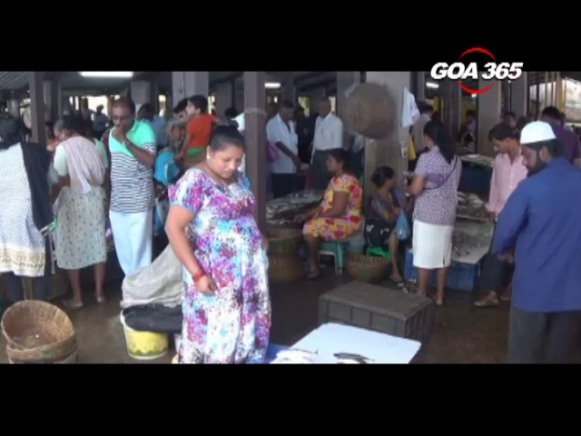 Vasco fish vendors get furious, Carlos tries to pacify them