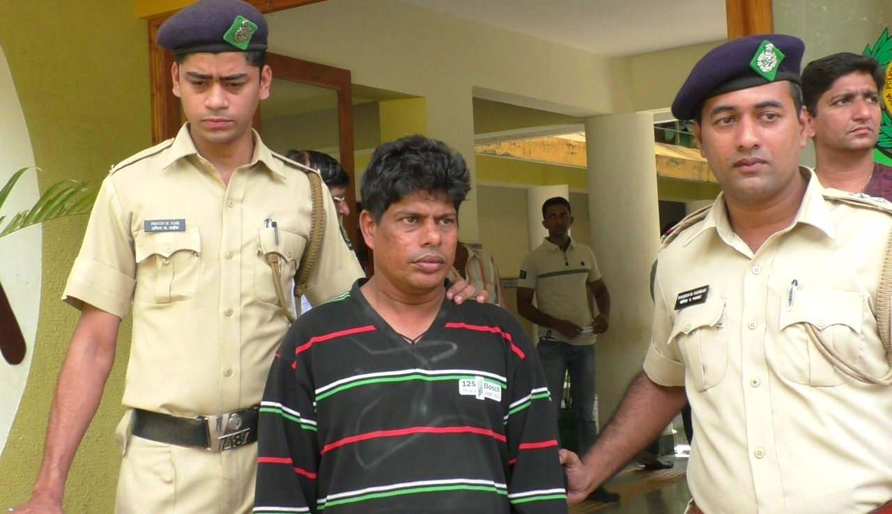 Vasco police arrests person for gold robbery from store in Mapusa